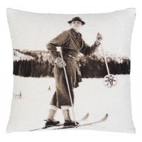 Vintage Skiing I Pillow Cover